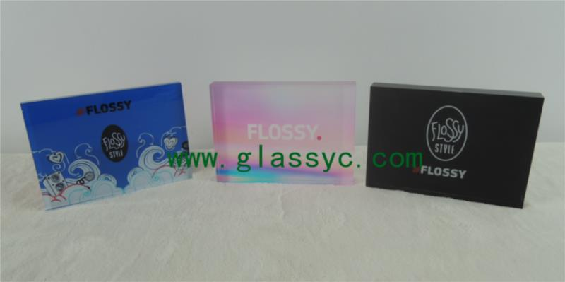 acrylic-block-with-UV-Printing-or-silkscreen.png